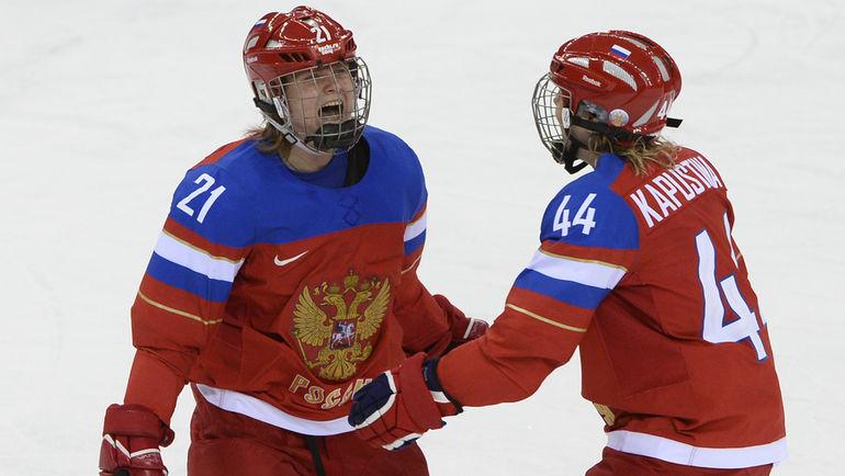 Анна ЩУКИНА (слева) пожизненно отстранена от Олимпиад. Фото AFP