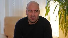 Ростислав Хаит поздравляет читателей