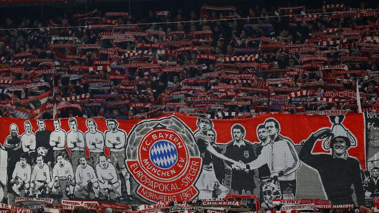 В среднем на матчах бундеслиги в текущем сезоне собирается 44 340 зрителей. Фото REUTERS