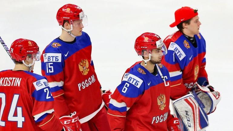 В четвертьфинале молодежного чемпионата мира сборная России сыграет против США. Фото ФХР