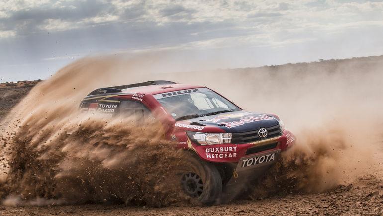 Toyota Hilux (Dakar 2017).