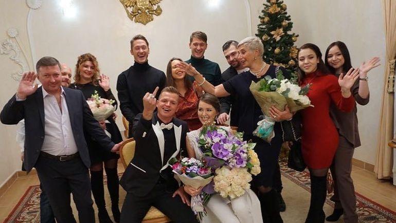 Свадебное фото Дмитрия ТАРАСОВА и Анастасии КОСТЕНКО. Фото instagram.com/tarasov23/