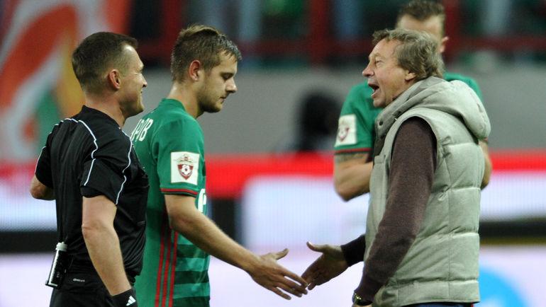 Тимофеей МАРГАСОВ (второй слева). Фото Алексей ИВАНОВ
