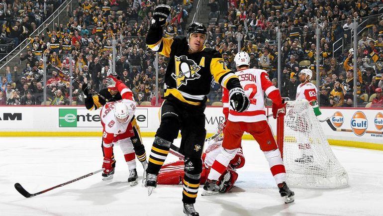 "Сегодня. Питтсбург. ""Питтсбург"" - ""Детройт"" - 4:1. Евгений МАЛКИН набрал 4 очка в игре против ""Ред Уингз"". Фото NHL"