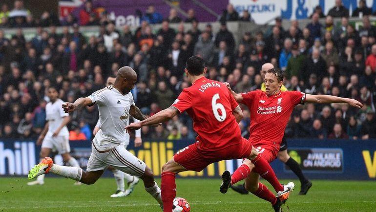 Ван Дейк дебютирует за«Ливерпуль» впремьер-лиге вматче против «Суонси»