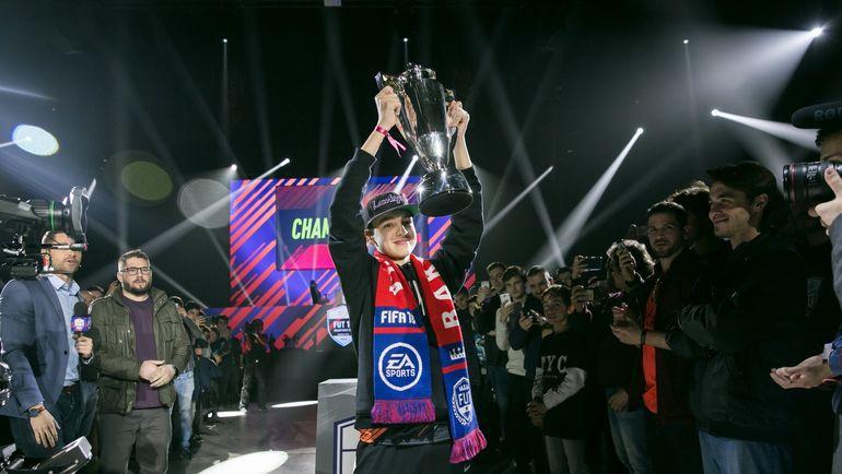 DhTekKz - победитель отборочного турнира чемпионата мира по FIFA 18. Фото EA Sports