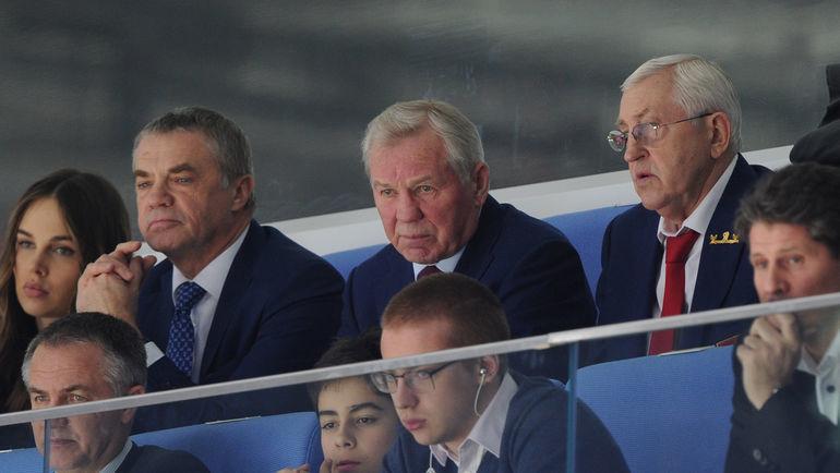 "Александр МЕДВЕДЕВ, Борис МАЙОРОВ, Борис МИХАЙЛОВ (слева направо). Фото Александр ФЕДОРОВ, ""СЭ"""