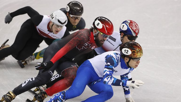 Семен ЕЛИСТРАТОВ - в полуфинальном забеге. Фото REUTERS