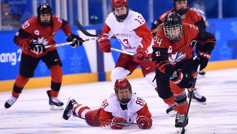 Сегодня. Каннын. Канада - Россия - 5:0. Россиянки начали олимпийский турнир с поражения. Фото AFP