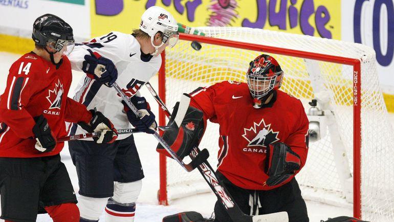 2006 год. Райан СТОА в составе молодежной сборной США на чемпионате мира в Швеции. Фото AFP