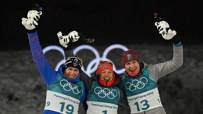 Тройка призеров: Анаис БЕСКОН, Лаура ДАЛЬМАЙЕР и Анастасия КУЗЬМИНА. Фото AFP
