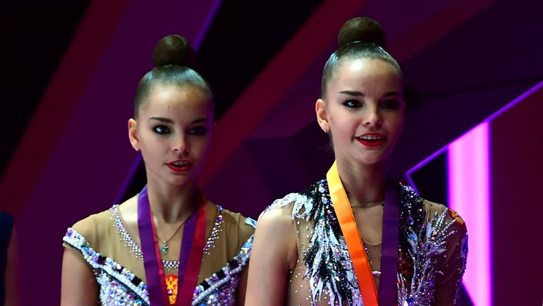 Дина (справа) и Арина АВЕРИНЫ. Фото AFP