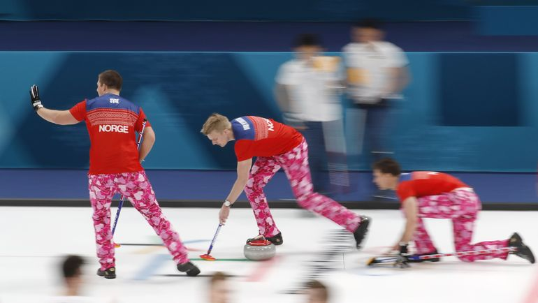 Мужская команда Норвегии в матче против Японии на Олимпиаде-2018. Фото REUTERS