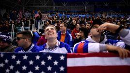Русские и американцы встретились в Олимпийском парке перед хоккеем. Репортаж Зеленова