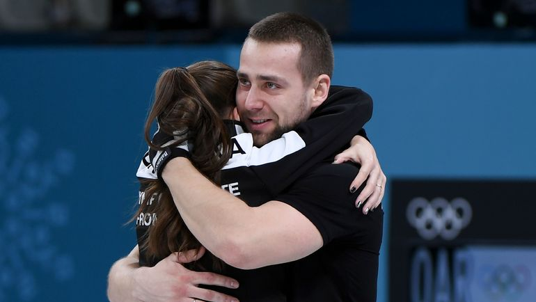 Александр КРУШЕЛЬНИЦКИЙ и Анастасия БРЫЗГАЛОВА. Фото AFP
