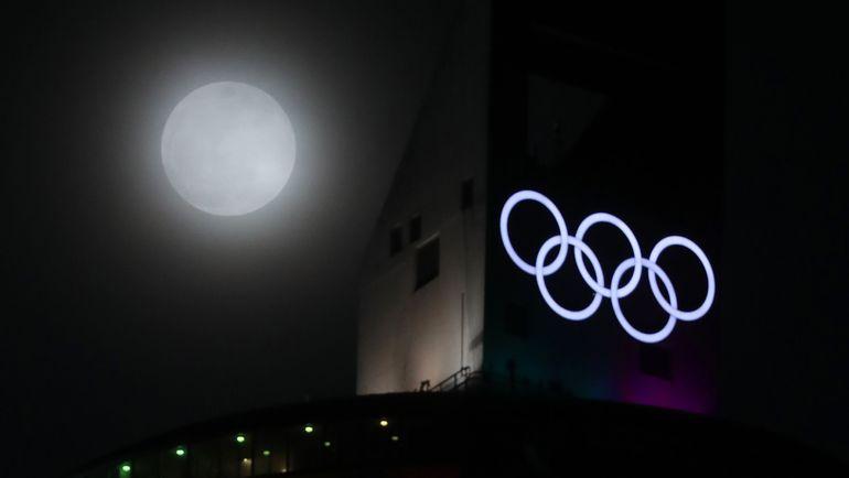 """""""МОК думает о защите """"чистых"""" спортсменов"""", - считает Марк Адамс. Фото AFP"""