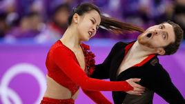 Слетел топ, открылась грудь. Кошмары фигуристов на Олимпиаде (18+)