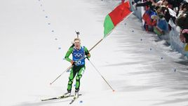 Бьорндален дождался золота от Домрачевой. Белоруссия выиграла эстафету-аттракцион