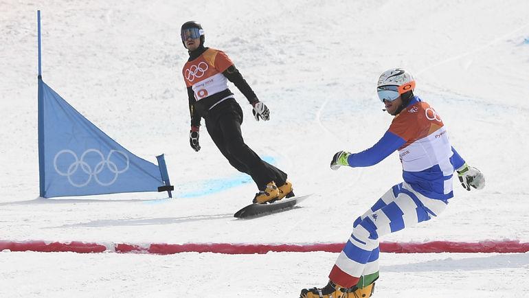 Вик УАЙЛД (слева) проиграл итальянцу Роланду ФИШНАЛЛЕРУ на финише 1/8 финала. Фото AFP