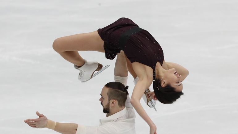 Ксения СТОЛБОВА и Федор КЛИМОВ могли бы бороться за серебро олимпийского турнира. Фото REUTERS