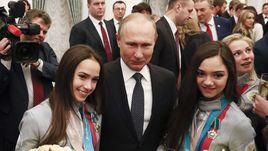 В Кремль – с флагом!