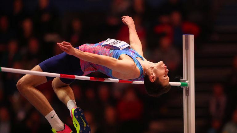Четверг. Бирмингем. Данил ЛЫСЕНКО выиграл золотую медаль в прыжках в высоту на чемпионате мира в залах. Фото REUTERS