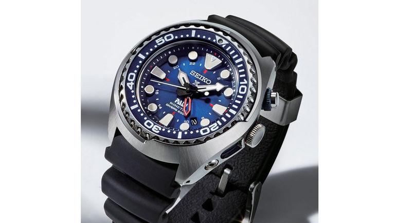 Часы Seiko  GMT Diver's отлично подходят для дайвинга.