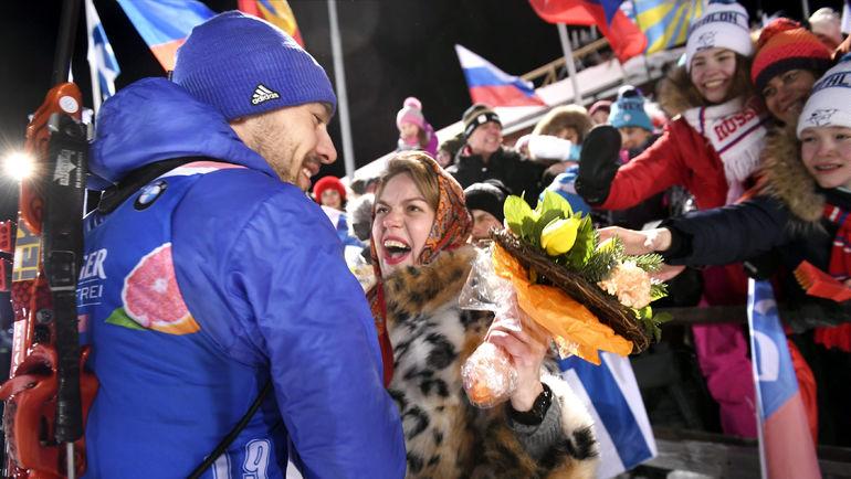 8 марта. Контиолахти. Антон ШИПУЛИН после победы в спринте. Фото REUTERS