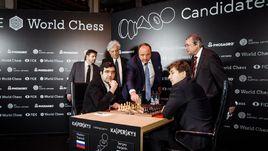 Два очка на троих. Карякин и Крамник сыграли вничью на турнире претендентов