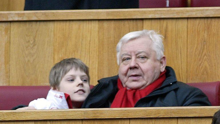 2006 год. Олег ТАБАКОВ с сыном Павлом. Фото Никита УСПЕНСКИЙ