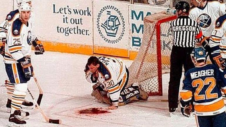"""""""Не хотел умереть на льду на глазах тысяч людей"""". Самая жуткая травма в истории НХЛ"""