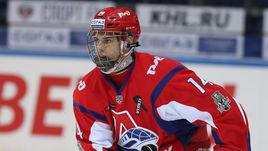 Открытие КХЛ 17-летний Денисенко травмировал нападающего