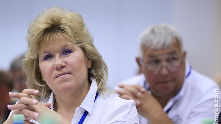 Анфиса Резцова на отчетно-выборной конференции СБР. Фото СБР/biathlonrus.com
