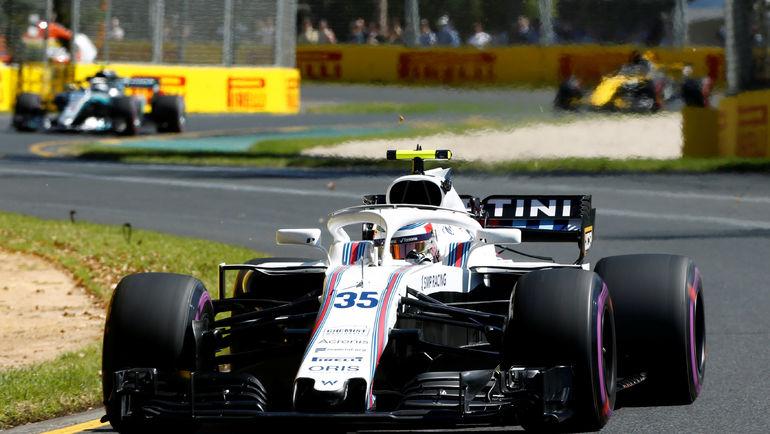 Риккардо стал лучшим напервой тренировке Гран-при Бахрейна, Сироткин— 15-й