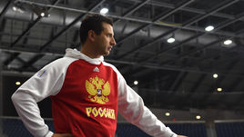 Человек, который руководит сборными России. Роману Ротенбергу - 37