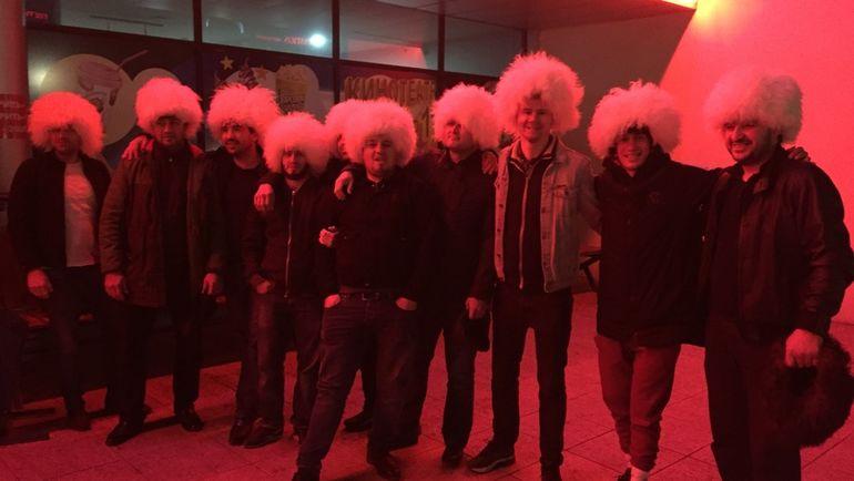 """Бой Хабиба Нурмагомедова в Дагестане смотрят в кинотеатрах. Фото Дмитрий ЗЕЛЕНОВ, """"СЭ"""""""