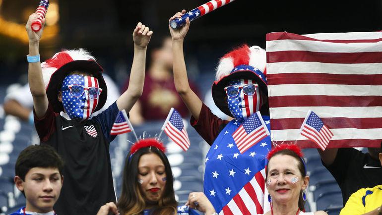Американские болельщики не боятся ни угроз своего правительства, ни отсутствия своей сборной в России. Фото AFP