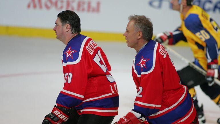 Алексей КАСАТОНОВ (слева) и Вячеслав ФЕТИСОВ. Фото Владимир БЕЗЗУБОВ