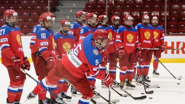 Юниорская сборная России разгромила Францию. Фото Официальный Твиттер ФХР