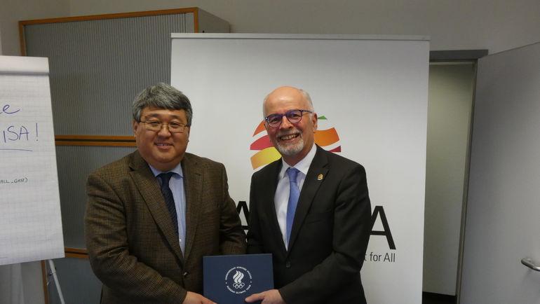 Во время визита в Германию делегация ОКР во главе с генеральным директором Владимиром Сенглеевым посетила главный офис ТАФИСА. Фото ОКР