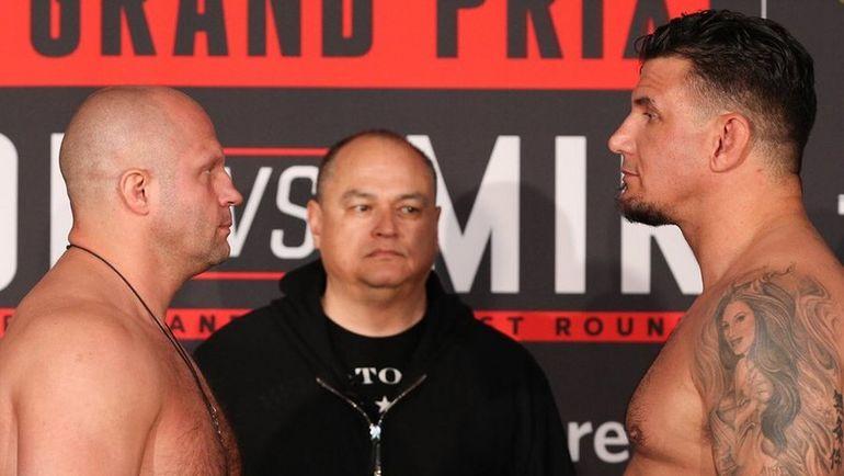 Сегодня Федор ЕМЕЛЬЯНЕНКО (слева) нокаутировал Фрэнка МИРА. Фото Твиттер Bellator