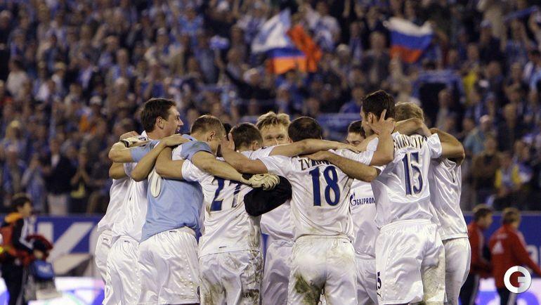 """1 мая 2008 года. Санкт-Петербург. """"Зенит"""" - """"Бавария"""" - 4:0. Футболисты питерской команды празднуют победу."""