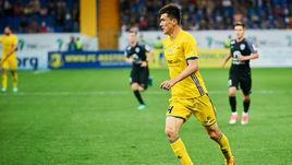 Шомуродов вошел в новую команду недели FIFA 18, Смолов - нет