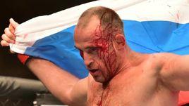 Коронный в шею. Олейник одержал важную победу в UFC