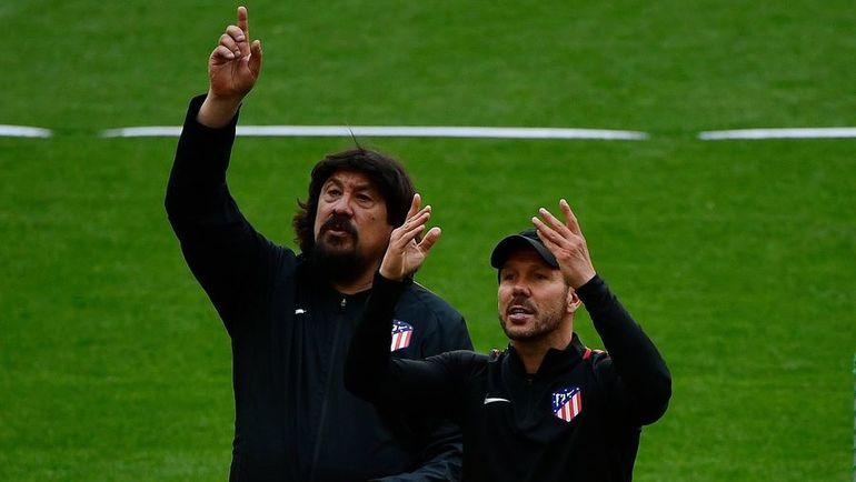 """Херман """"Моно"""" БУРГОС (слева) и Диего СИМЕОНЕ. Фото AFP"""
