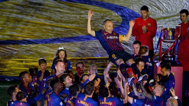 Воскресенье. Барселона. Прощание Андреаса ИНЬЕСТЫ. Фото AFP
