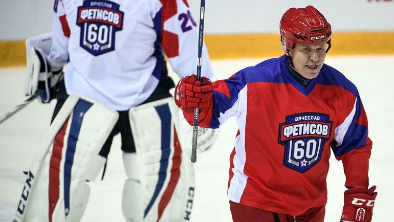 Путин, Ди Каприо и Джим Кэрри могут сыграть в хоккей на Северном полюсе. Все придумал Фетисов