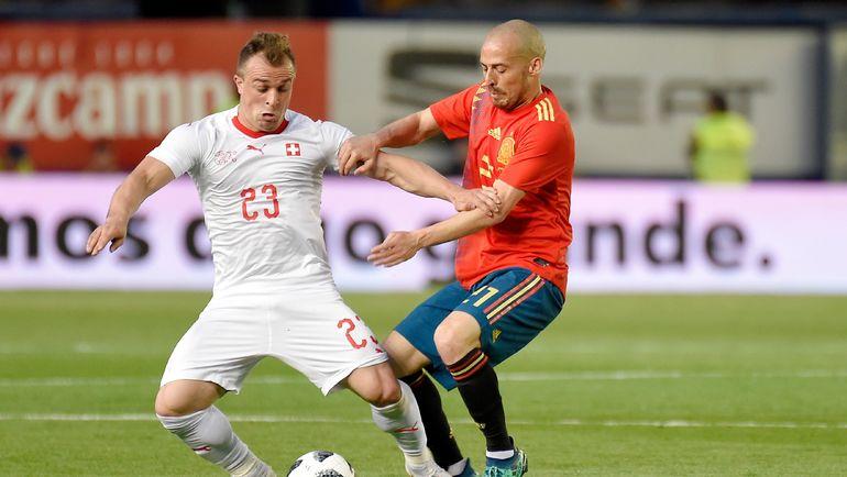 Джердан ШАЧИРИ (слева) против Давида СИЛЬВЫ. Фото AFP