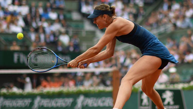 Среда. Париж. Мария ШАРАПОВА ничего не смогла противопоставить своей сопернице. Фото AFP