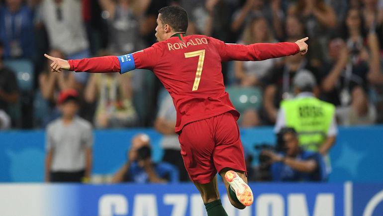"Пятница. Сочи. Португалия - Испания - 3:3. Автор хет-трика КРИШТИАНУ РОНАЛДУ. Фото Дарья ИСАЕВА, ""СЭ"""